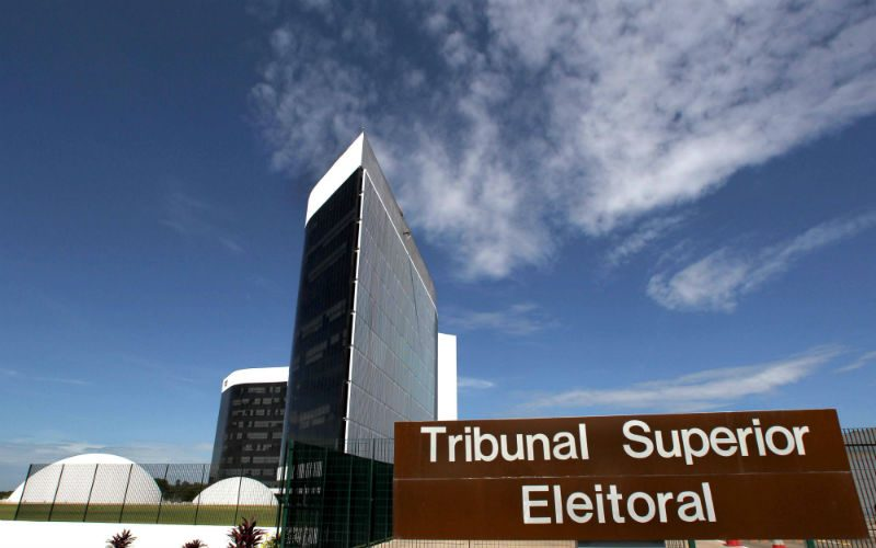 TSE aprova com ressalvas contas de PSB e PSDB da campanha de 2014