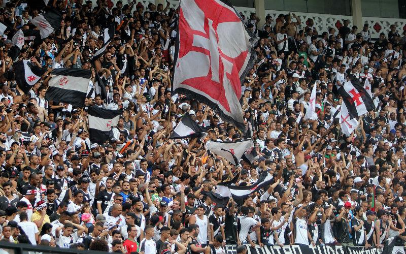 Vasco ultrapassa Flamengo e se torna clube com mais sócios-torcedores no Brasil
