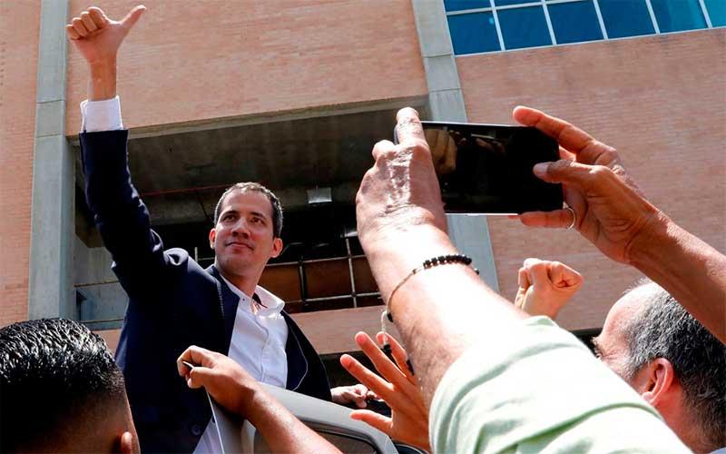 Venezuela: Guarda Nacional impede acesso de Guaidó à Assembleia