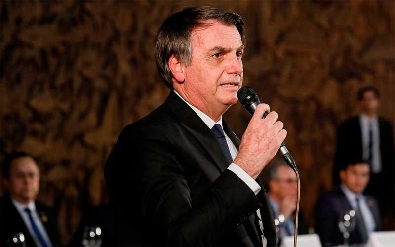 Bolsonaro cancela ida ao Fórum Econômico Mundial na Suíça