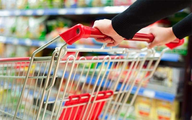 Cesta de compras para famílias de renda mais baixa custa menos 0,23%