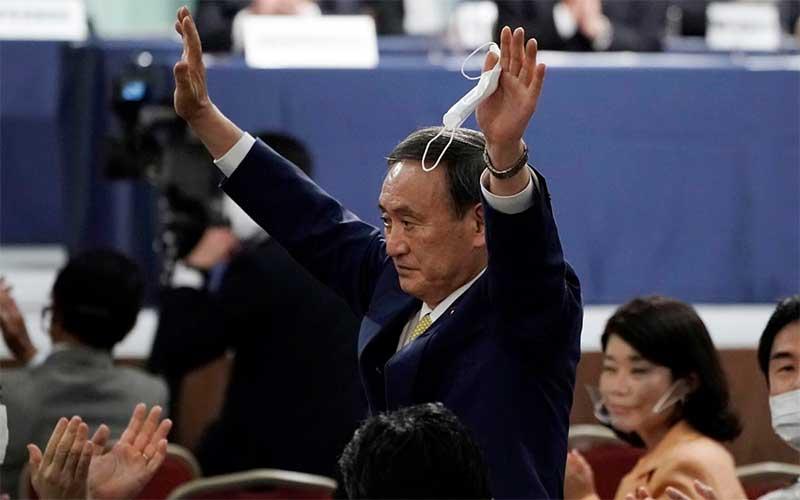 Japão elege Yoshihide Suga como novo primeiro-ministro