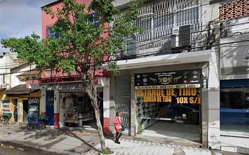 Explosão em loja de armas deixa um morto e quatro feridos no Rio