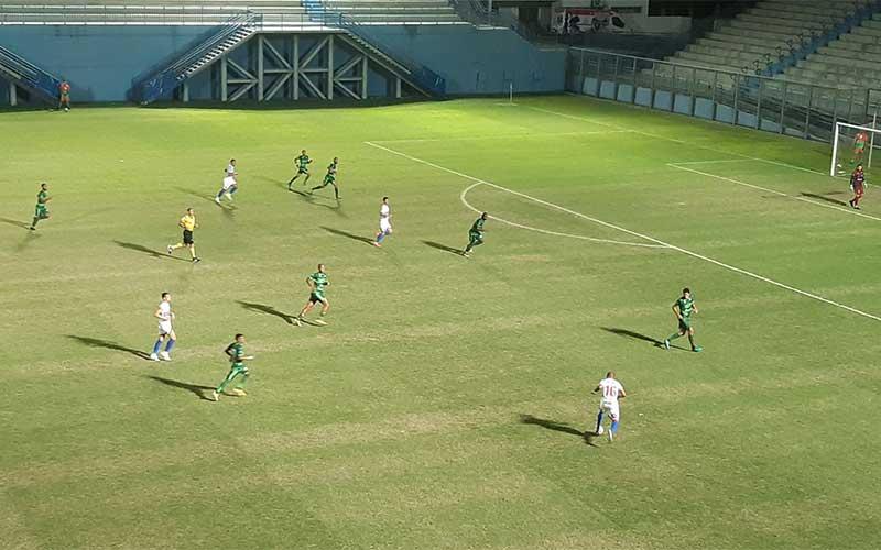Fast goleia Independente e assume a liderança do Grupo 1 na Série D