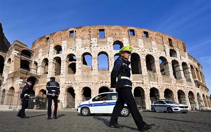Itália deve impor restrições para conter aumento da covid-19