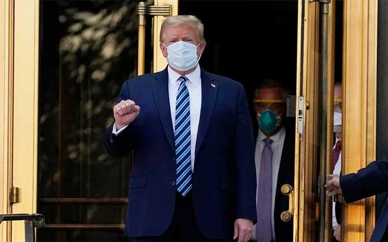 Donald Trump deixa hospital e volta para Casa Branca