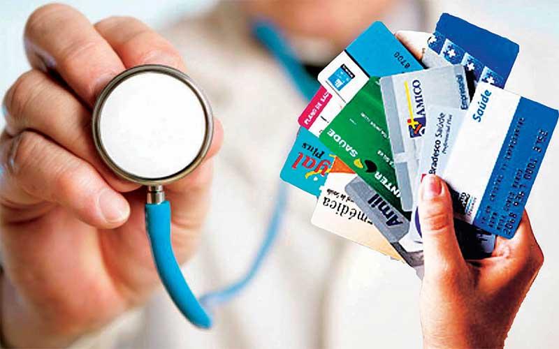 Reajustes de planos de saúde voltam a ser pagos em janeiro