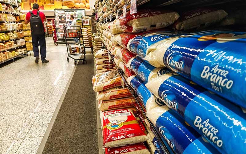 Inflação para famílias de renda mais baixa sobe 0,95% em novembro