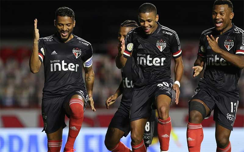Brasileirão: São Paulo goleia o Botafogo por 4 a 0 no Morumbi