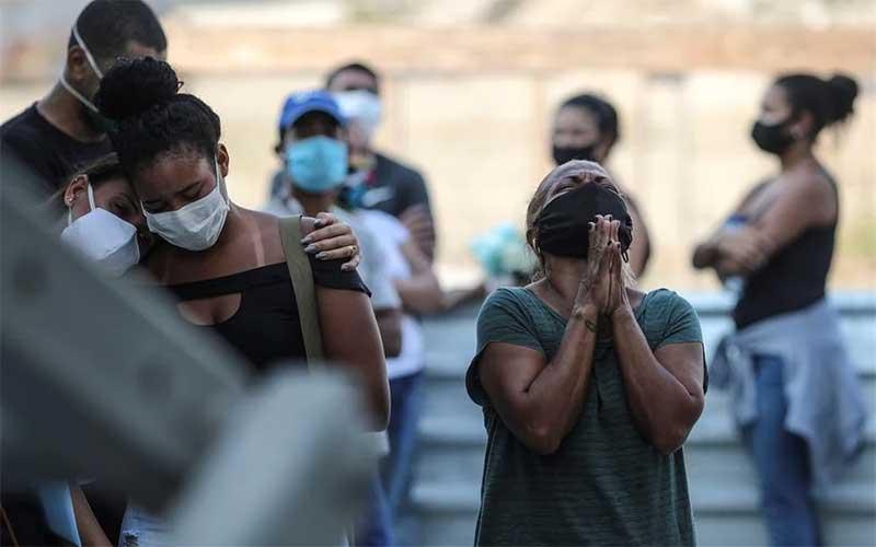 Brasil acumula 181,4 mil mortes e 6,9 milhões de casos de covid-19