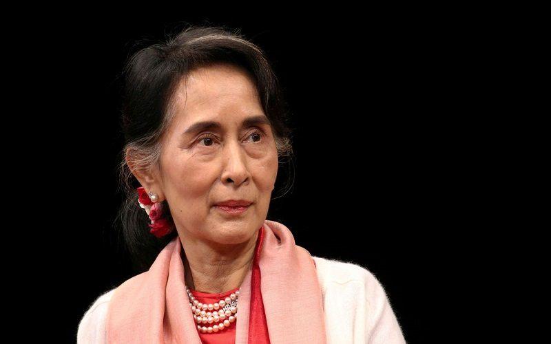 Exército de Myanmar detém chefe do governo e declara emergência