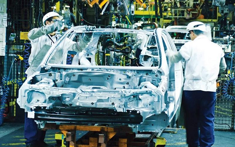Produção de veículos cai 4,6% de dezembro para janeiro, diz Anfavea