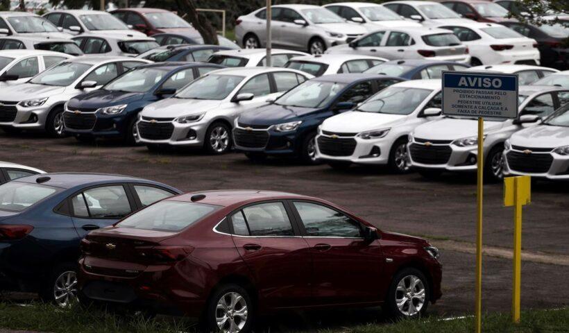 Vendas de veículos têm queda de 14,6% em fevereiro
