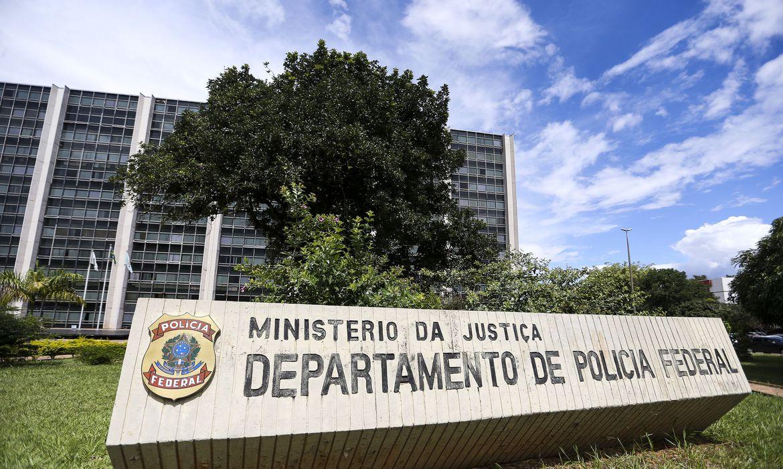 PF desarticula quadrilha especializada em defensivos agrícolas ilegais